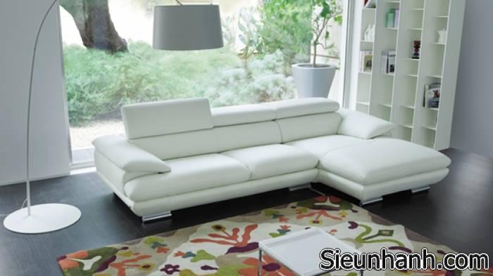 cach-tay-vet-muc-ban-tren-sofa-4
